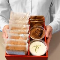 【小山甜點市集】2杯奶酪加3片手工餅乾加8片熟成蛋糕彌月禮盒